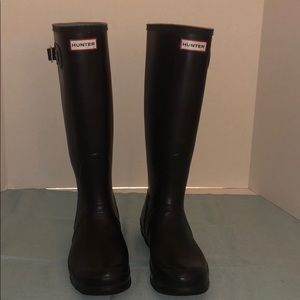 Hunter Good Condition Tall Rain Boots Black